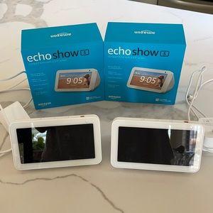 "Amazon Echo Show 5 Bundle (2) - EUC - 5.5"" screen"